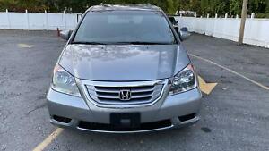 2010-Honda-Odyssey-Mobility-Sienna-Medical-Transport-Lift