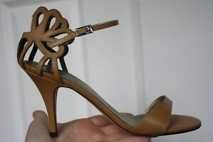 Klub-Nico-Sz-8-Cut-Out-Tan-Brown-Leather-Stiletto-Mid-Heels-Sandals-Ankle-Strap