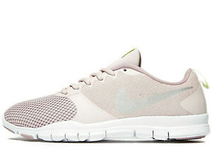 2020 Nike Flex Essential TR ® Women