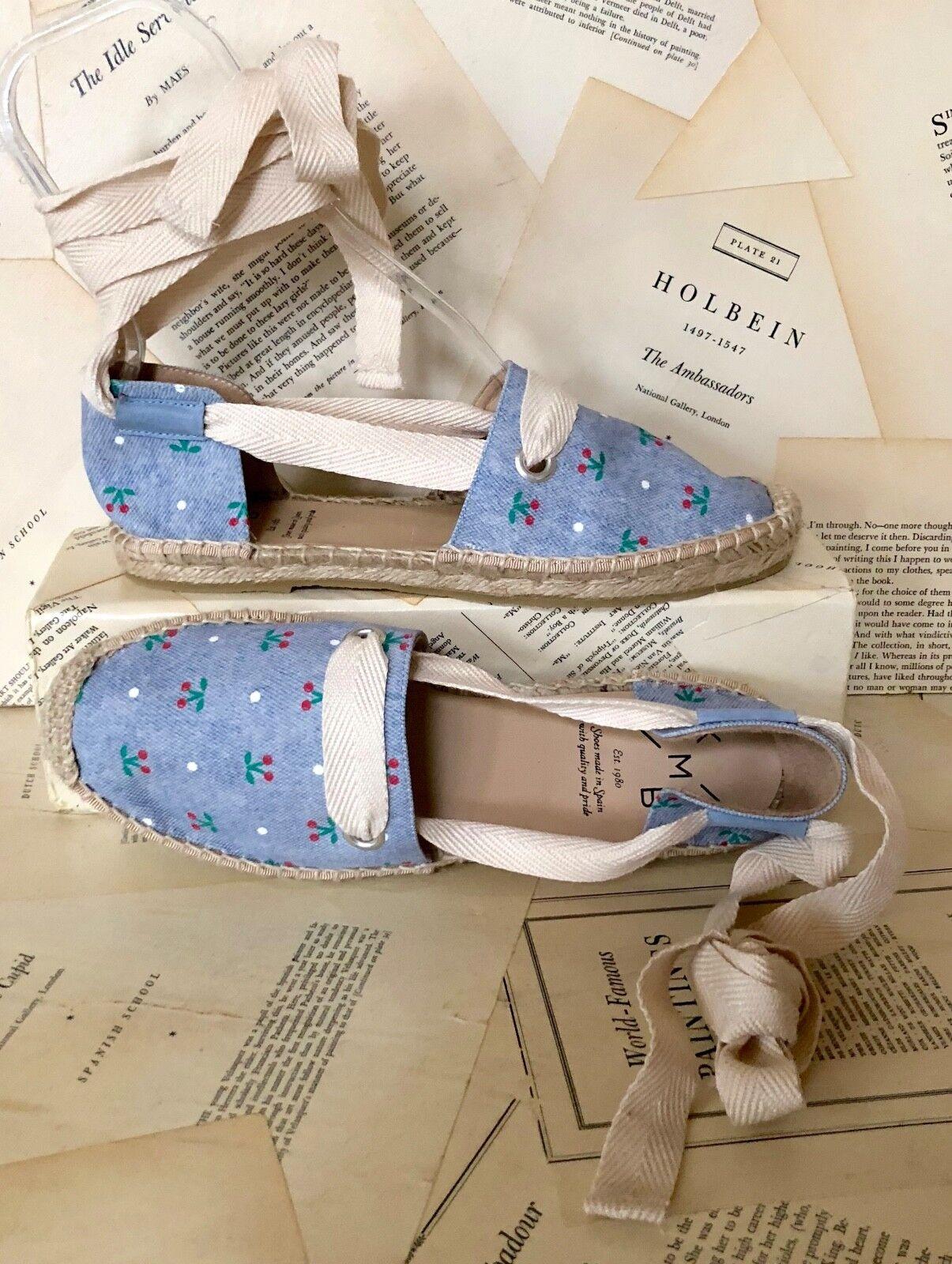 Anthropologie KMB Blau Cherry Print Canvas Lace Up Espadrilles Schuhes 39