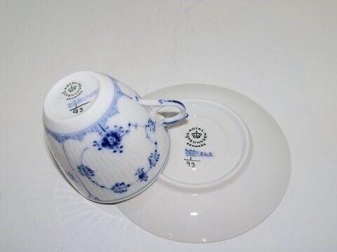 Porcelæn, Musselmalet Riflet  Sjælden ekstratynd...,