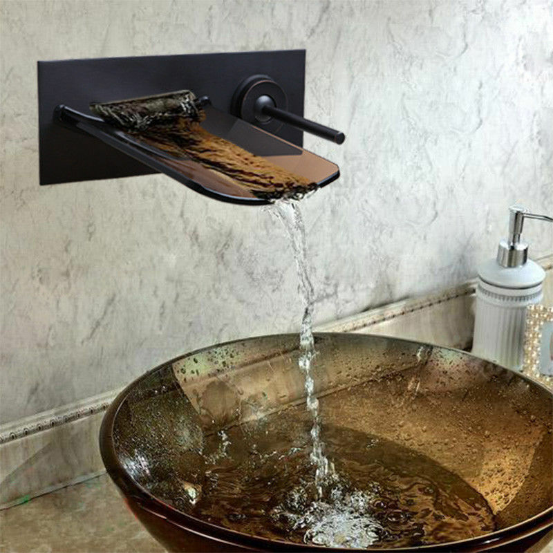 Wall Mounted huile frougeté bronze cascade bec verseur de salle de bain évier Mélangeur robinet