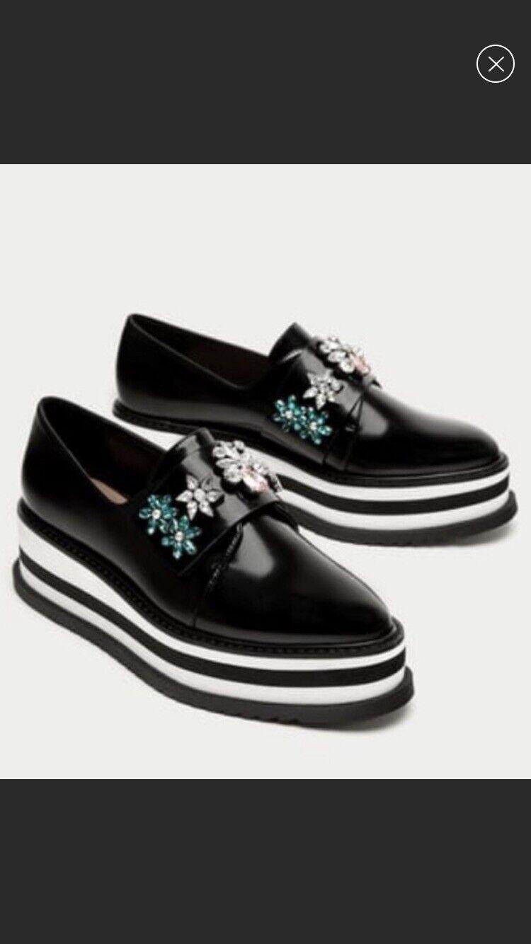 Zara Platform Derby scarpe With Beading, Dimensione 6 Brand New