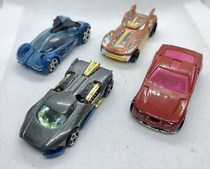 Hot-Wheels-Fantasia-Paquete-de-coche-de-carreras-Die-Cast-Coleccionable-vehiculos