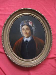 """Superbe huile 19 é à vue ovale """"portrait de femme au bonnet avec des fleurs """""""