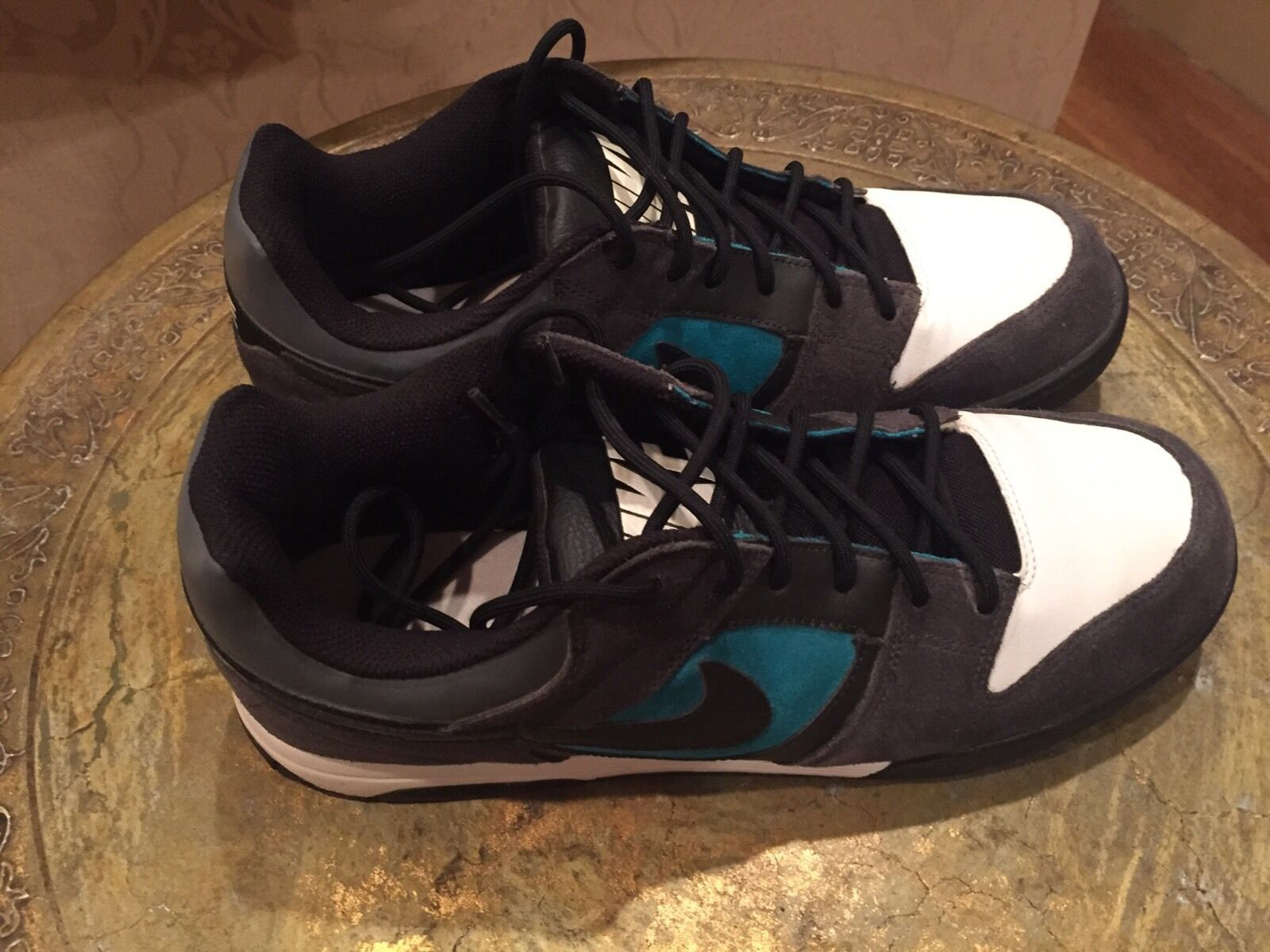 NIKE Air Twilight- Low  Turbo Green  VNDS - Size 11.5 - FREE FedEX Ground Ship