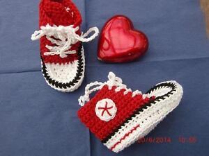 wholesale dealer 1e83d e871b Details zu Babyschuhe (Chucks) selbst gehäkelt, rot, München,100% Baumwolle