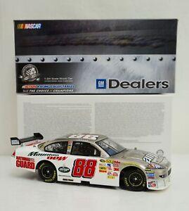 GM-Dealers-Diecast-Dale-Earnhardt-Jr-Brushed-Metal-88-AMP-Energy