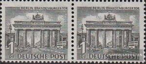Berlin-West-42-waagerechtes-Paar-postfrisch-1949-Berliner-Bauten
