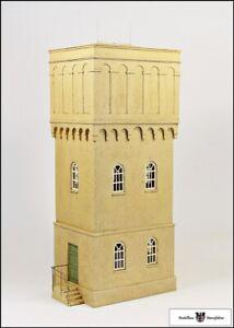 Grosser-Wasserturm-mit-Zinkdach-Fertigmodell-Spur-1