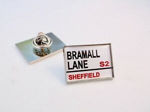 SHEFFIELD UNITED  PREMIER ENAMEL  PIN BADGE BUY 2 GET 3 of these