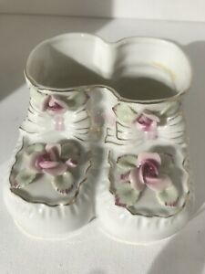c500b25ab23c7 Details about Vintage Ceramic Pottery Baby Bootie Shoe Planter/Holder White  With Pink Roses