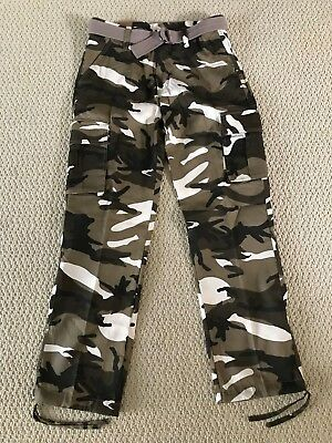 NWT Men/'s Swaggers Khaki Camouflage Camo Cargo Flag Pocket Pants w// Belt 32-42