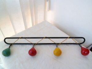 Porte-manteaux-patere-annees-50-039-s-design