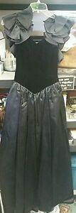Women-039-s-Victor-Costa-for-Sak-039-s-Fifth-Ave-black-velvet-acetate-satiny-ball-gown