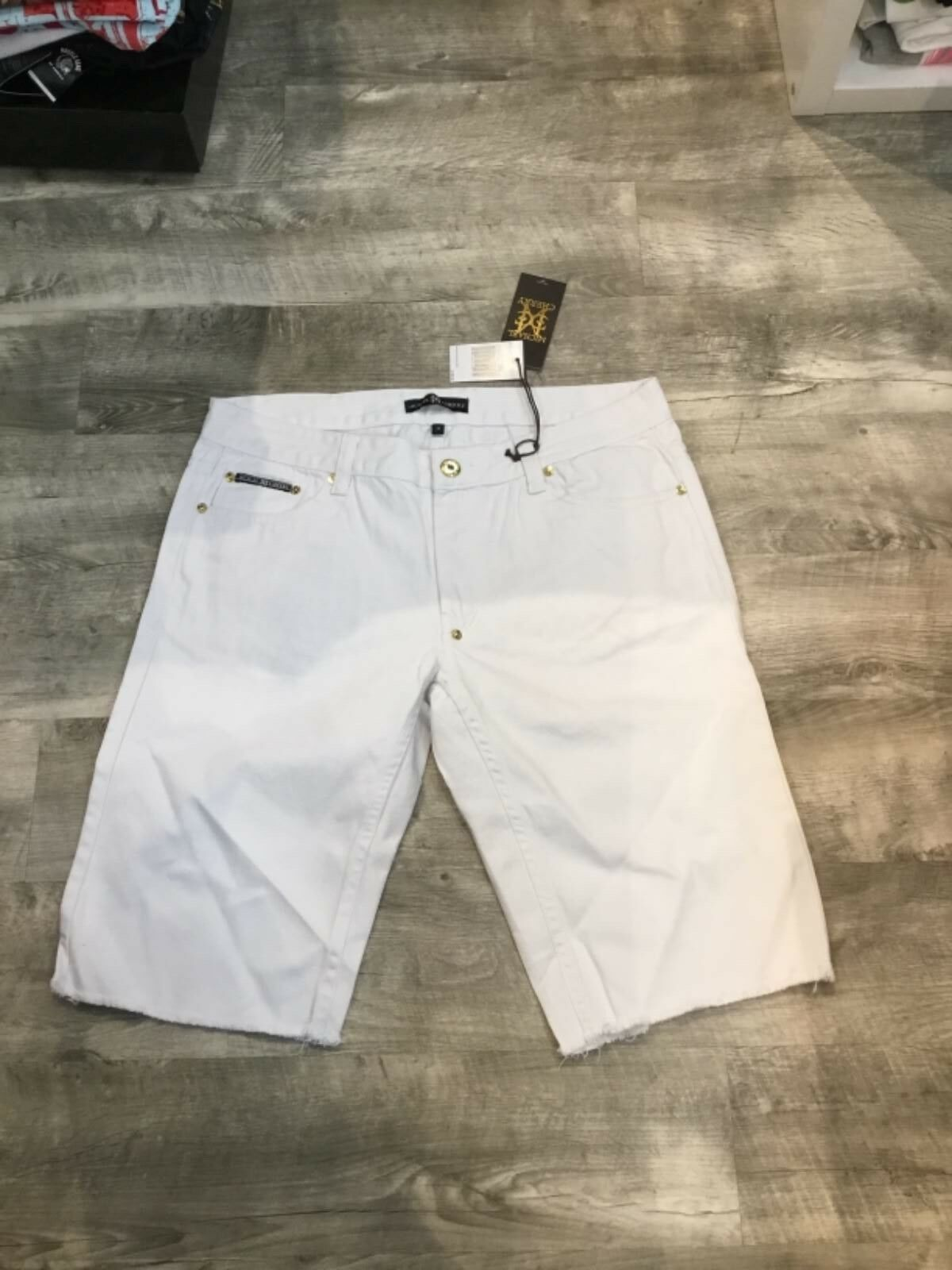 MICHEAL CHERRY DENIM WHITE SHORTS SIZE 40 NEW RETAIL 109.00
