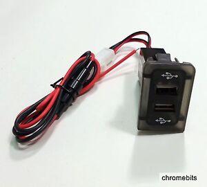 VW-Golf-Bora-IV-4-Mk4-in-Cruscotto-Pannello-Doppia-Porta-USB-Caricabatterie
