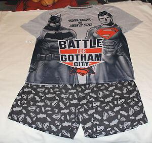 8a2e53c2b01aa Batman Vs Superman Battle Mens Grey Printed 2 Piece Pyjama Set Size ...