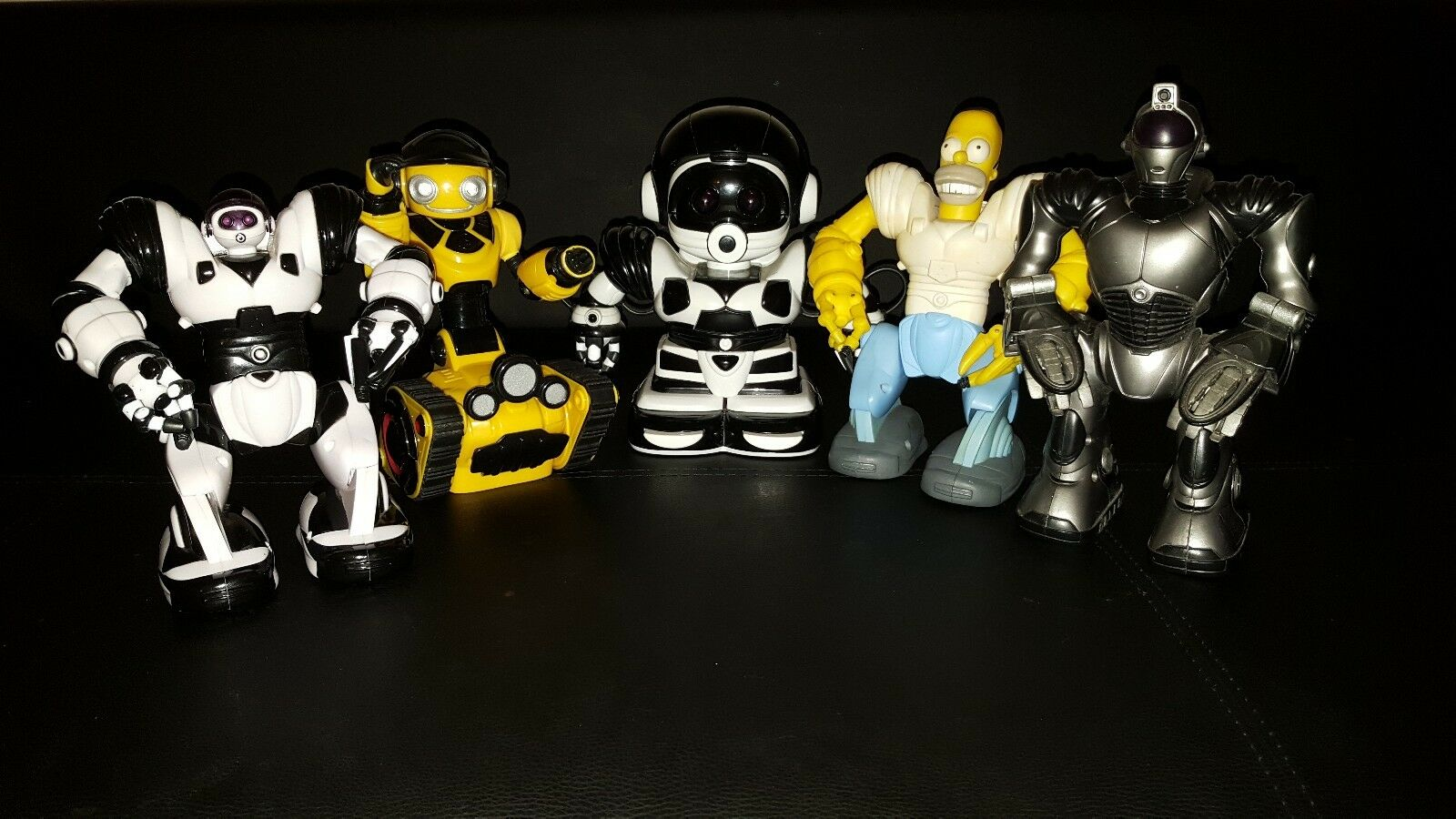 WowWee Mini Robot Collection - 5 Robots - Superb Condition