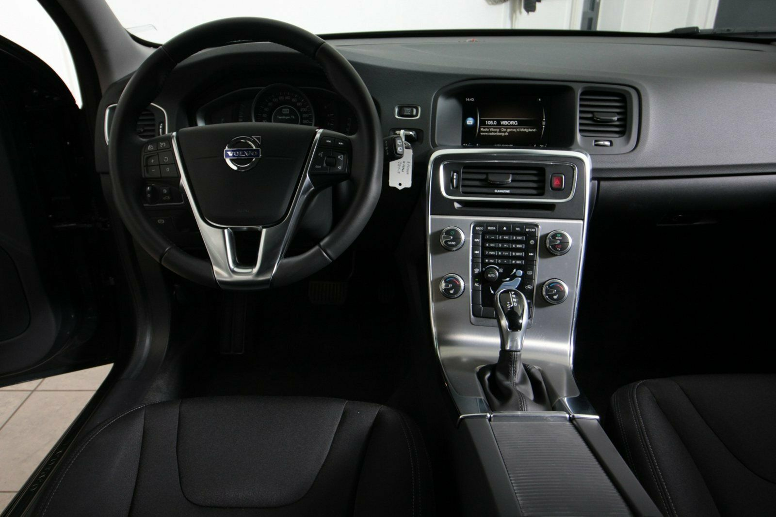 Volvo V60 CC D3 150 Plus aut.