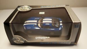 Universal-Hobbies-Eagle-039-s-Race-Dodge-Viper-GTS-Coupe-Blue-1-43-Diecast-Model-Car