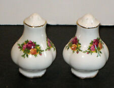 Royal Albert Old Country Roses   SALT & PEPPER  SHAKERS  - ENGLAND