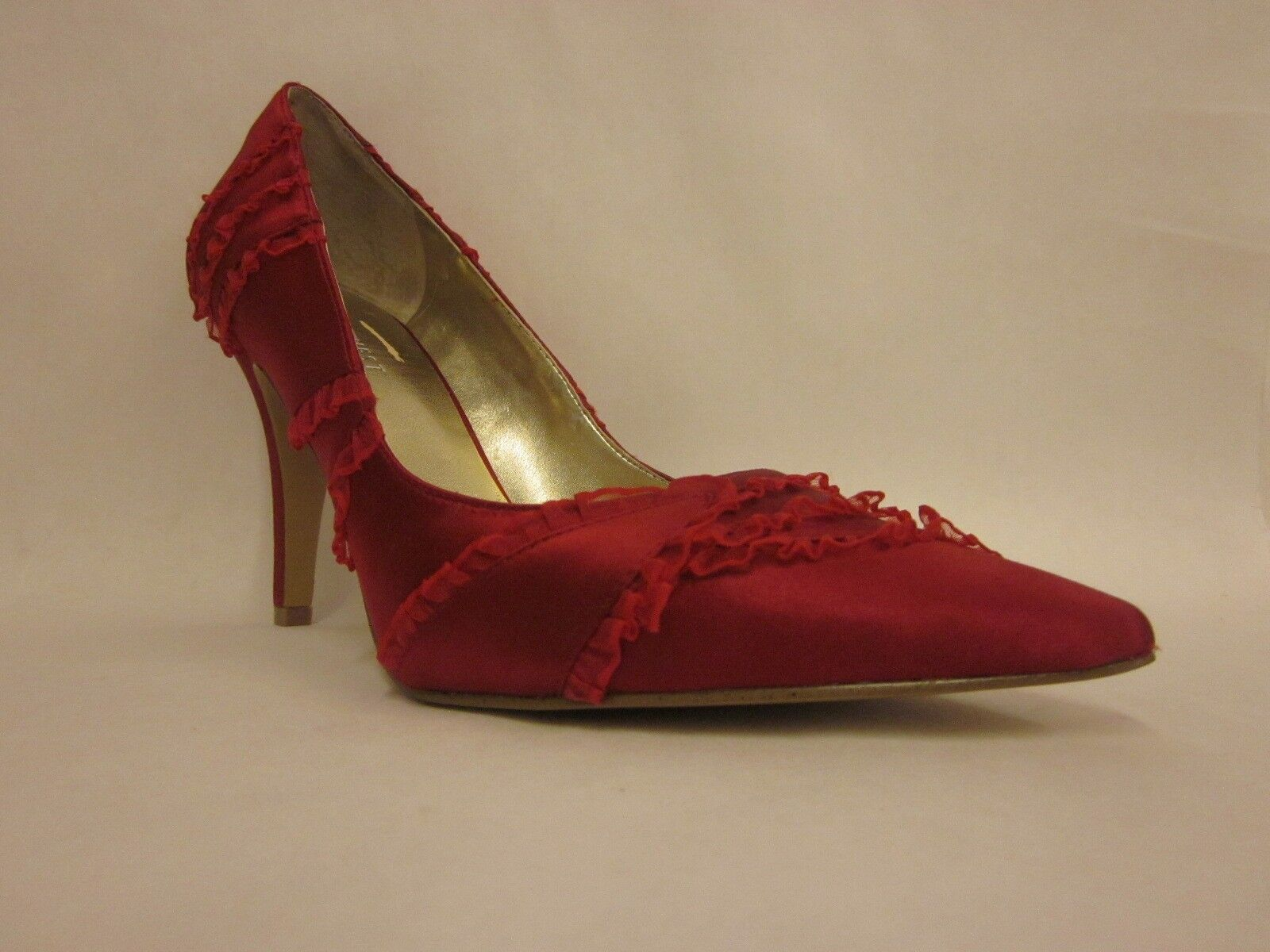 Nine Nine Nine West Mamishka Red Satin Heel - Size 9.5 3ade4e