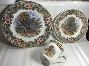 THANKSGIVING-Queens-Dinner-Set-Of-3-Plate-10-034-Dessert-Plate-8-Mug-Turkey