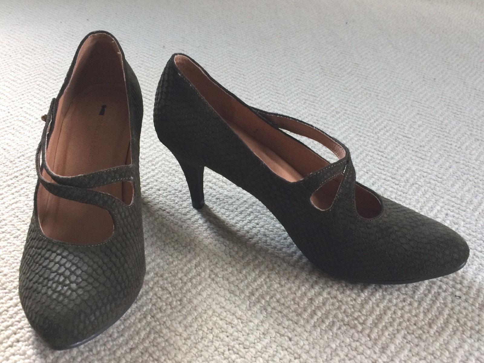 Anthropologie SCHULER & SONS Korey TextuROT Leder Heels, Dark Olive