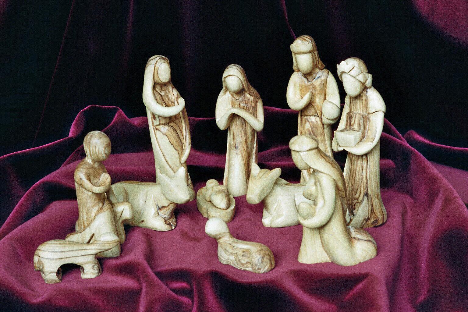 Krippenfiguren Olivenholz MODERNER Stil. Höhe 16 cm. 11-teiliges Krippenspiel.