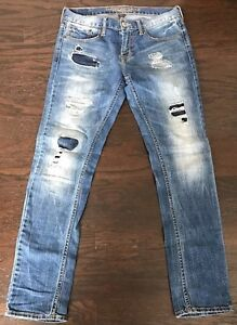 American Eagle slim jeans ripped size 34 x 30   Slim jeans