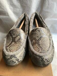 63c3961d5f4 UGG Women s HAILEY METALLIC SNAKE LOAFER Flat Shoe SILVER Size 8.5 ...
