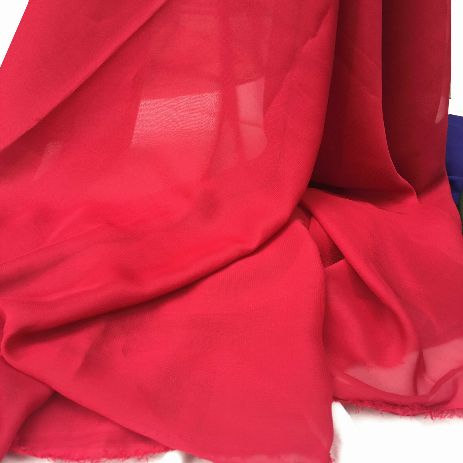 1METER  RED  SMOOTH SOFT QUALITY CHIFFON 58WIDE