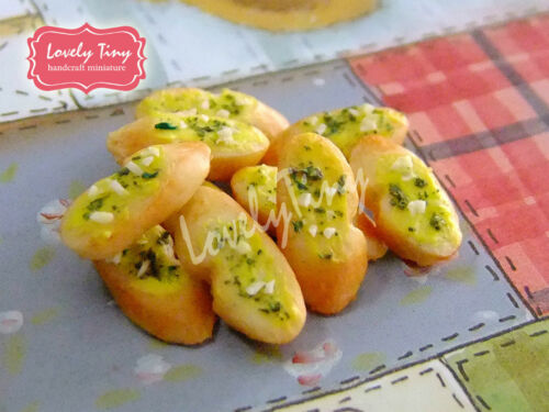 Dollhouse miniature Bread 10 PCs.of Toasted Garlic Baguette slices