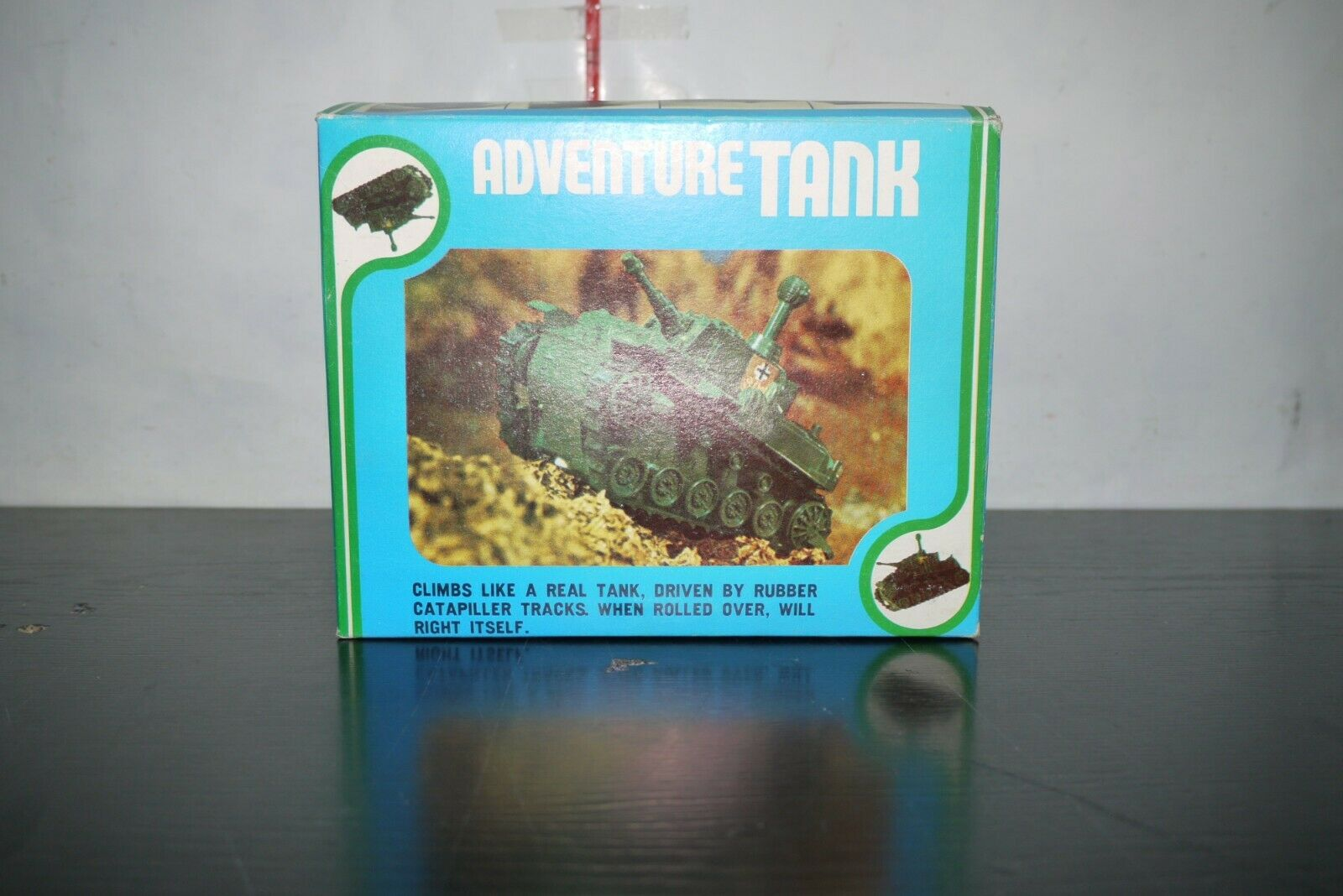 VINTAGE 70'S ANANIADES GREEK ADVENTURE TANK BATTERY OPERATED TOY NOT WORKING
