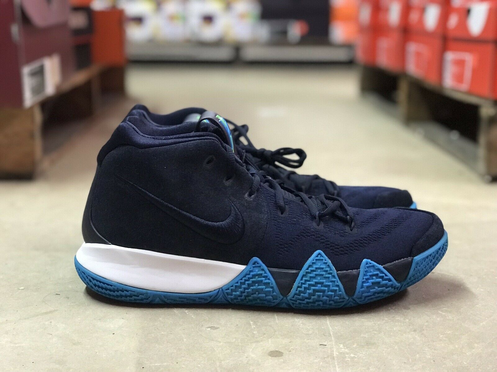 cheap for discount c4be9 eddfa Nike Kyrie 4 Think Twice Mens Basketball shoes shoes shoes blueee White 943806  401 NEW Sz