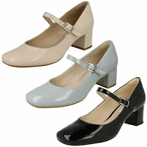 Mujer-Clarks-Chinaberry-POP-Charol-Mary-Jane-Tacon-en-Bloque-Zapatos-de-CORREA