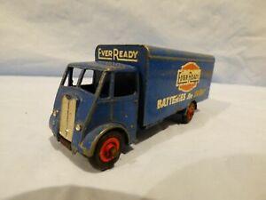 Vintage-Meccano-Dinky-Super-Juguetes-918-Ever-Ready-tipo-Van-Azul-Camion-Camion-De-Juguete