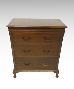 Narrow-mahogany-chest-of-3-drawers-2371