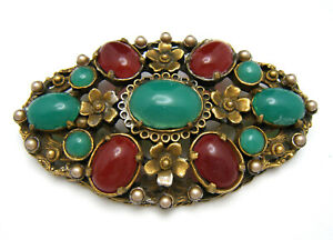 Vintage-Coro-Brooch-Red-Green-Glass-Cabochons-Faux-Pearls-Gold-Washed-Pot-Metal