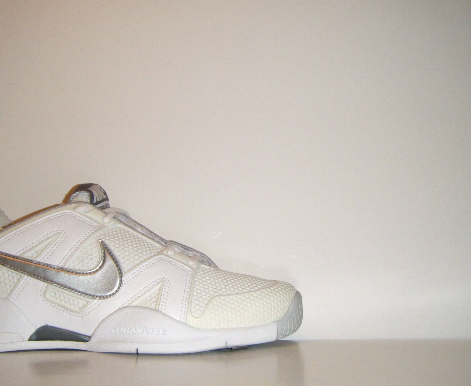 Womens Nike Air Max CourtBallistec 2.3 Tennis Sz. 8.5 Rafa Federer 386175-100