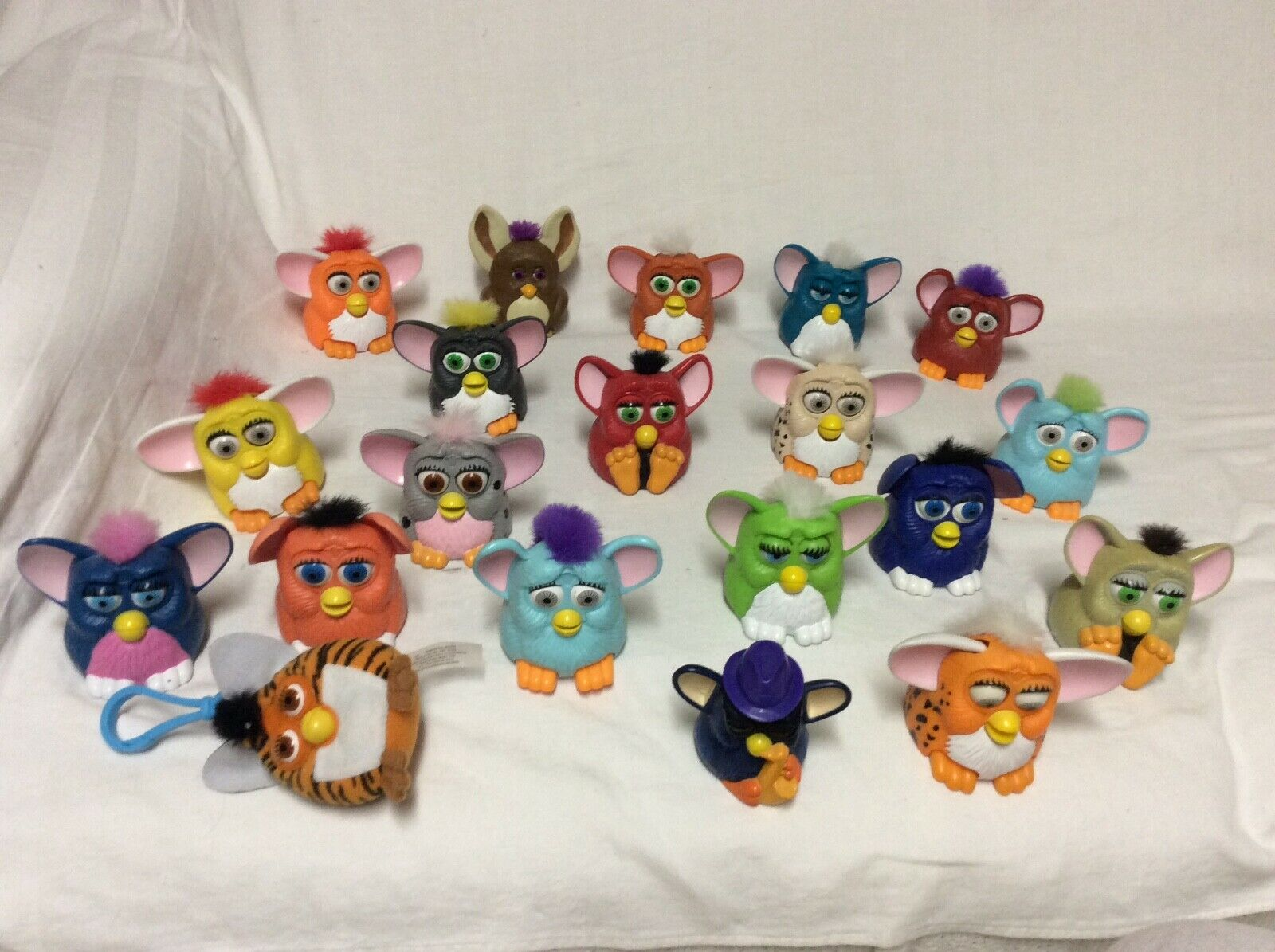 Vintage Furby babies 1998 Toys