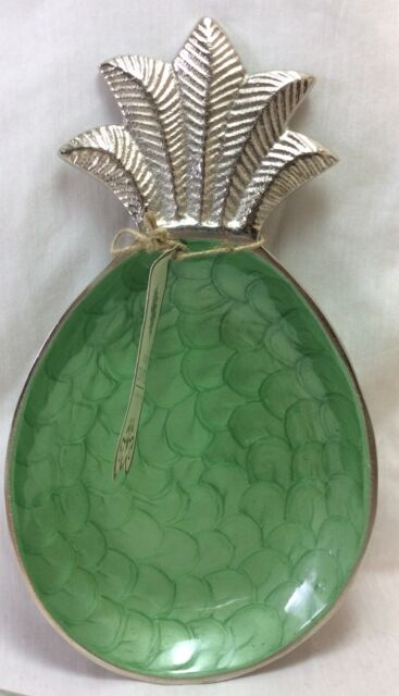 Pineapple Metal Decorative  Plate, Green with Silver Tone. Handcrafted in India.