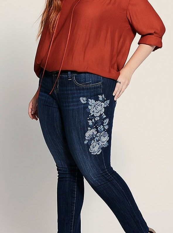 Floral Embroidered Skinny Jeans Dark Wash Plus Size 16R NWT
