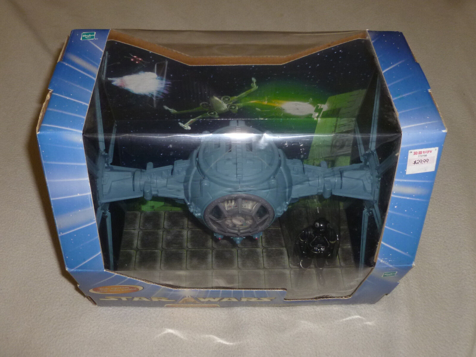 NEW IN BOX STAR WARS A NEW HOPE IMPERIAL DOGFIGHT TIE FIGHTER FIGURE HASBRO 2003