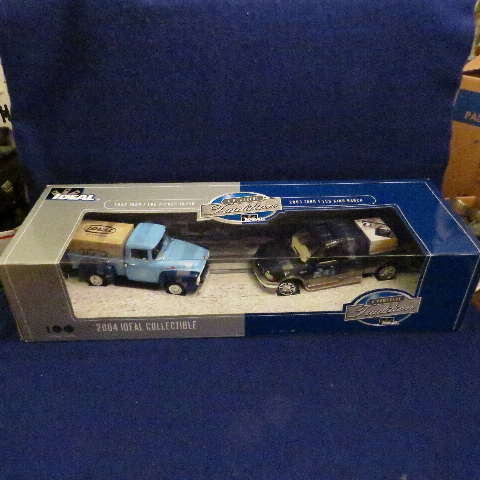 costo real Nuevo Ideal 1956 Ford Ford Ford F-100 camioneta 2004 Ford F-150 King Ranch Die Cast Modelo  precios al por mayor