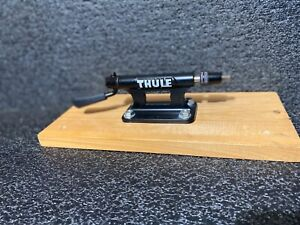 Thule 821 Low Rider Bicycle Fork Mounted Bike Carrier Rack