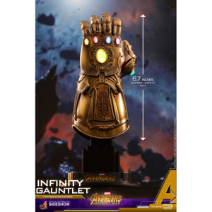 Thanos Gauntlet Avengers Infinity War 1 4 Scale Hot Toys HT903359