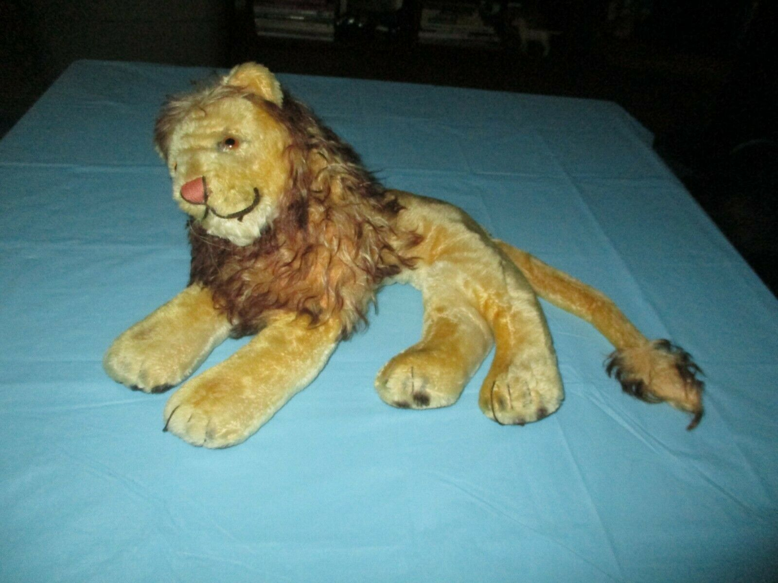 VINTAGE MOHAIR STEIFF LION LEO 1950 14  a little tlc needed