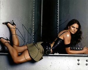Jennifer-Morrison-signed-sexy-photo-autograph-Once-Upon-A-Time